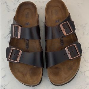 Birkenstock's brown leather size 40